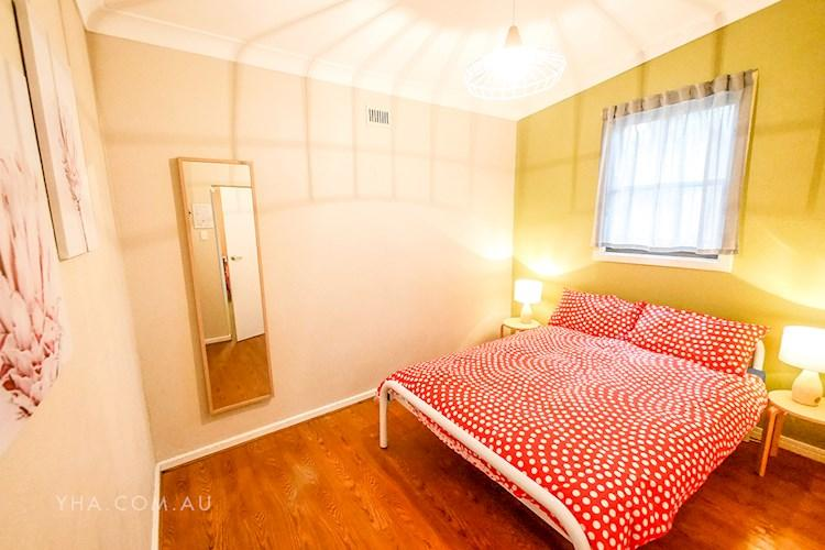 Mt Lofty YHA _double room_back_2018 (3).JPG