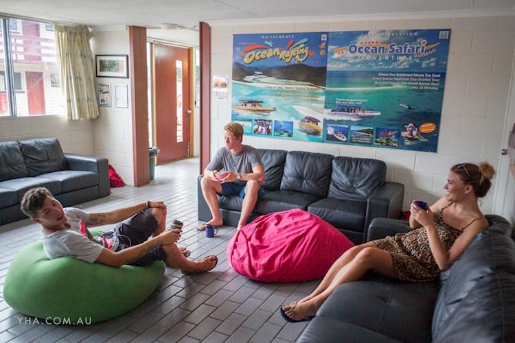 Airlie Beach YHA - TV Room (1).jpg