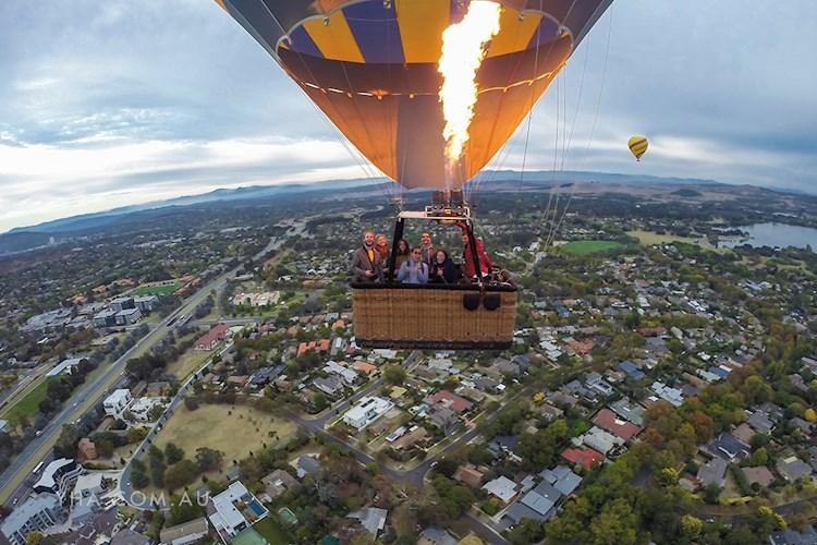 Canberra City YHA - Hot Air Ballooning